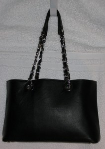 bag w chain handles front shot