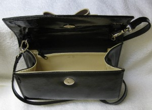 patent bow bag inside