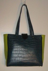 teal grn blk tote front