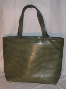 green tote back